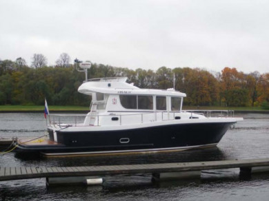 MINOR OFFSHORE 34 Flybridge